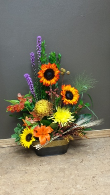 halloween, fall, autumn, happy, cheerful flowers, bouquet, entertainers, sunflowers, vase, lumsden, regina, craven, regina beach, buena vista